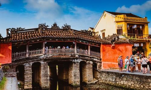 Vietnam's love affair with centuries-old bridges