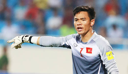 Vietnam goalkeeper beats tough odds in national team return