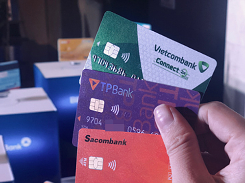Vietnam ready to speed up switch to chip cards