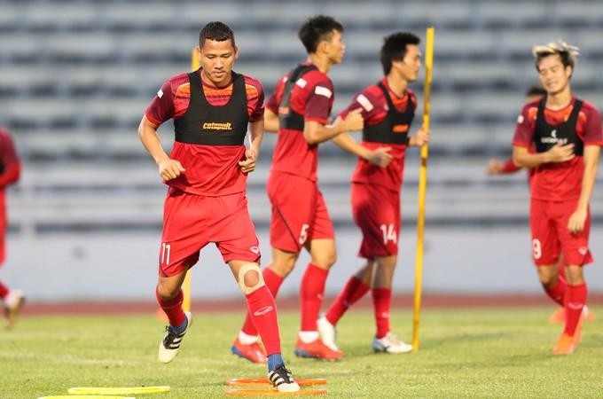 Vietnam begin King's Cup training - 8