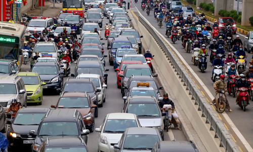 Hanoi bans taxis from 11 streets to reduce congestion