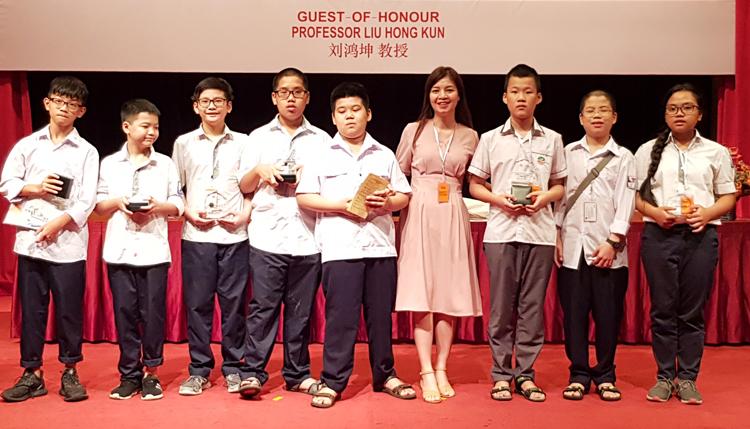 Вьетнамские школьники завоевали пять золотых медалей на Азиатско-Тихоокеанском математическом конкурсе