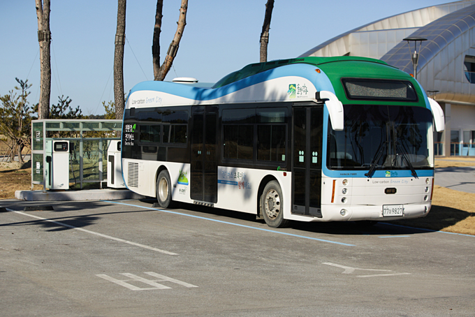 HCMC to invest over $500 mln in electric buses