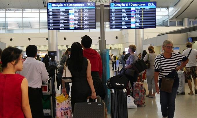 Saigon airport to stop public announcements to reduce noise