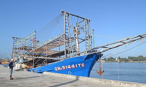 Stop Chinese robbery on high seas: Vietnamese fishermen
