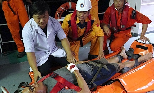 Vietnam rescues injured Filipino sailor off Da Nang coast