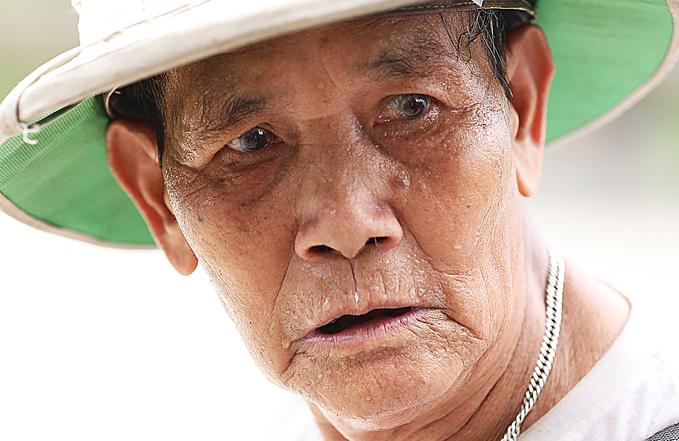 Mercury rises to 40C as heat wave scorches Hanoi - 3