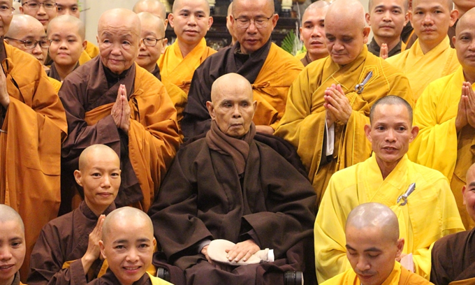 Zen master Thich Nhat Hanh honored with global peace prize