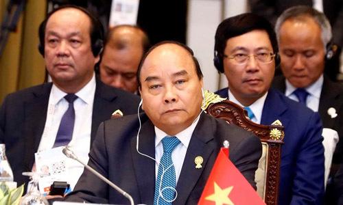 PM Phuc imparts message of unity, partnership at ASEAN summit