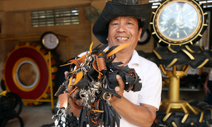New age decorations from old tires: Nha Trang man's unique passion