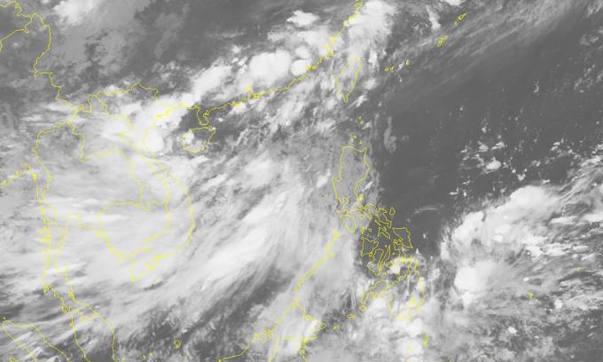 Tropical storm heading towards northern Vietnam