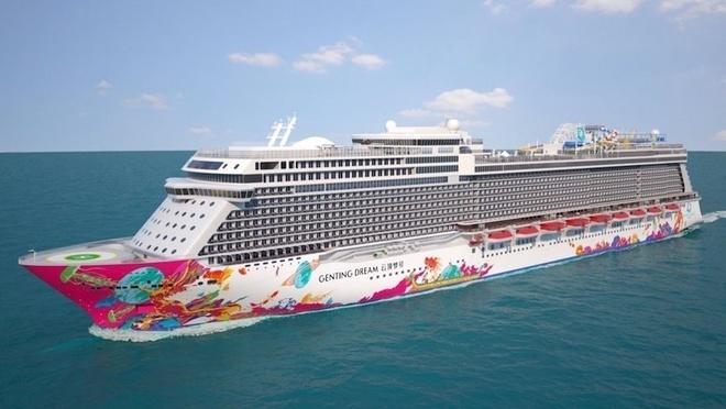 Cruise ships dock in Vietnam to explore popular destinations