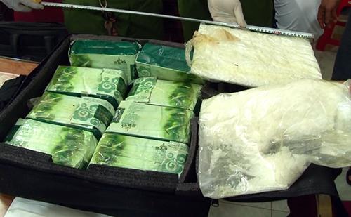 Three men arrested with 10 kilos of meth near Cambodia border
