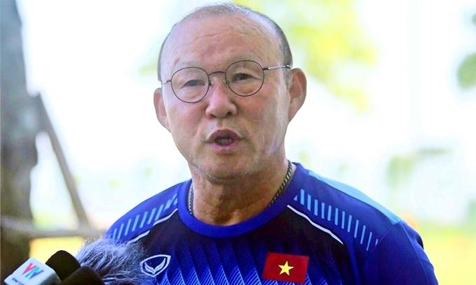 Coach Park quells rumors of new salary demands
