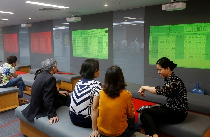 VN-Index rises to seven-week high
