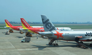 Aviation quandary as airlines wait to enter Vietnamese market