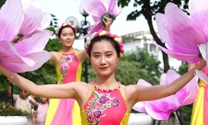 Hanoi celebrates 20 years as 'City for Peace'