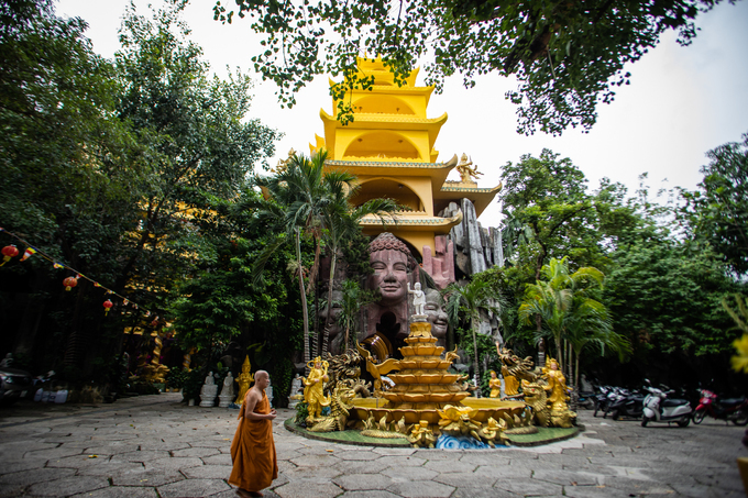 Roof-less stone pagoda in Saigon
