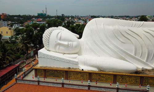 Asia's longest Reclining Buddha on pagoda roof