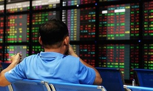 Liquidity down on Vietnam's main stock exchange