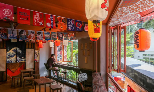 Japanese décor set a café apart in Saigon