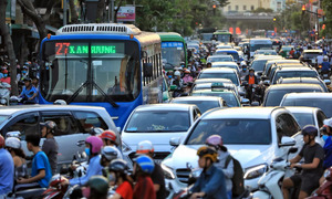 HCMC plans toll gates for cars to reduce congestion
