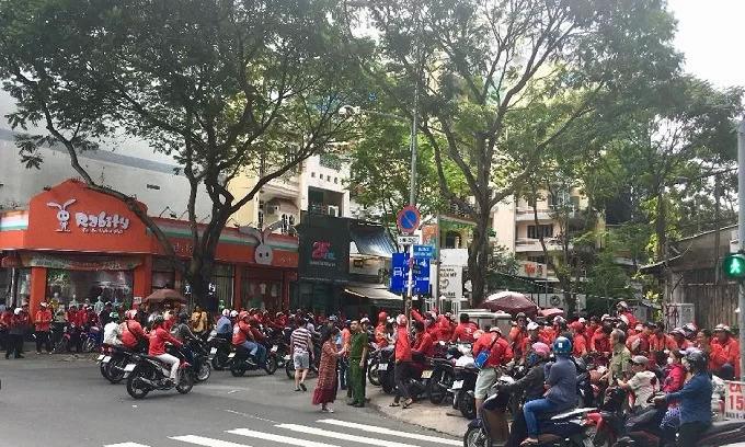 Go-Viet drivers protest extra work for less bonus