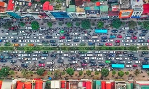Hanoi plans road toll for downtown areas to reduce congestion