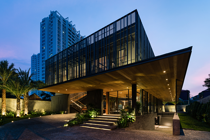 The facade of 911-Villa in Thao Dien Ward in District 2. Photo courtesy of Vaco Design Company.