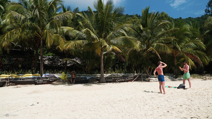 Sparsely populated Cham Islands offer a quiet, fun vacation - 2