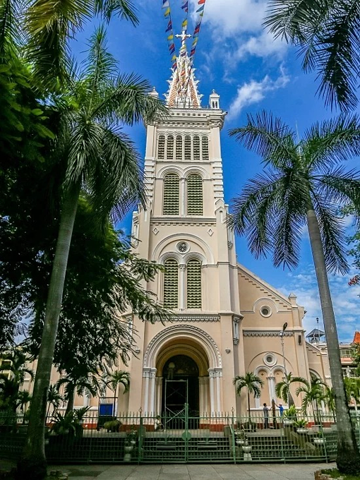 3. More than a historical monument, centuries-old Saigon church defies time (unedited) - 2