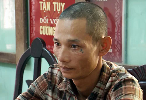 Driver Nguyen Thanh Hung at the police station on July 28, 2019 after crashing into a Gia Lai police vehicle. Photo by VnExpress/Tran Hoa.