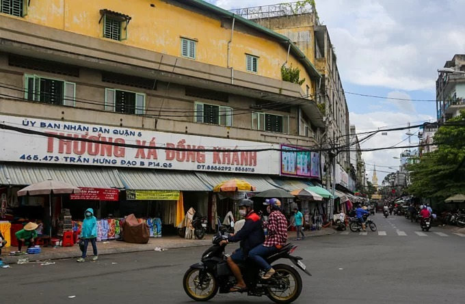 Soai Kinh Lam market on Tran Hung Dao Street, District 5, HCMC. Photo by VnExpress/Quynh Tran.