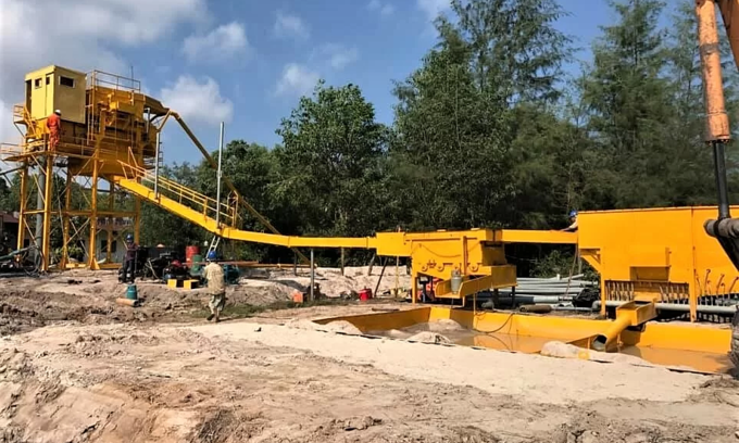 Phu Quoc factory begins turning sea sand into construction sand