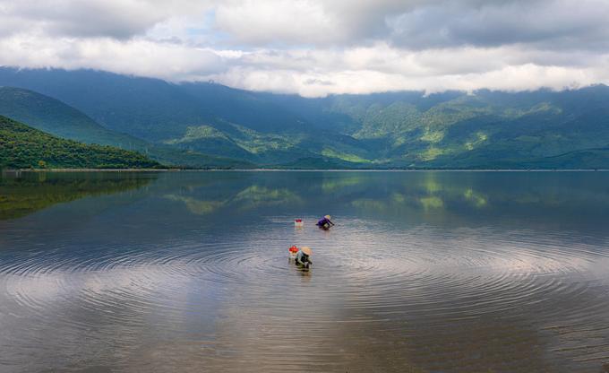 Life on Lap An Lagoon - 5