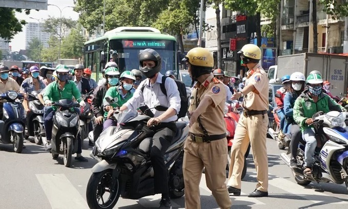 Saigon campaign against foreigners violating traffic laws underway