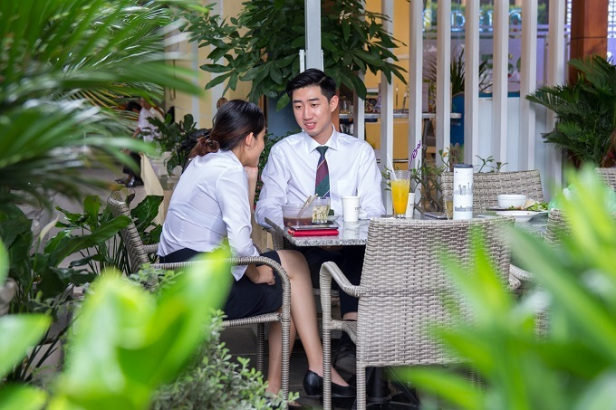 Saigon restaurant offers a verdant breathing space - 1