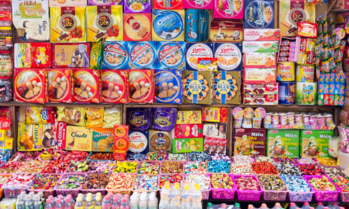 Vietnam posts $175 mln trade surplus in confectionery products