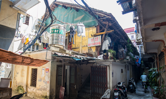 In downtown Hanoi, some old apartments are ticking time bombs