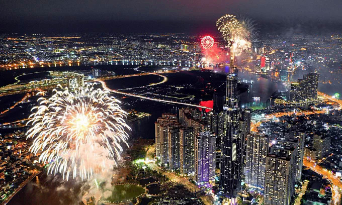 Saigon prepares for fireworks to celebrate National Day