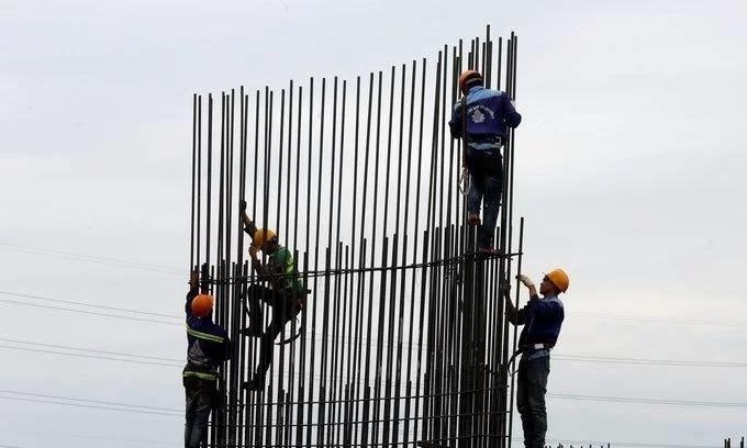 Disbursement of public funds far behind schedule