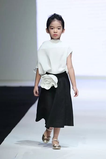 Vietnamese designers collection for children