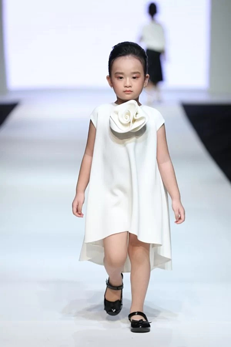 Vietnamese designers collection for children - 1