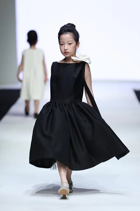 Vietnamese designers collection for children - 3