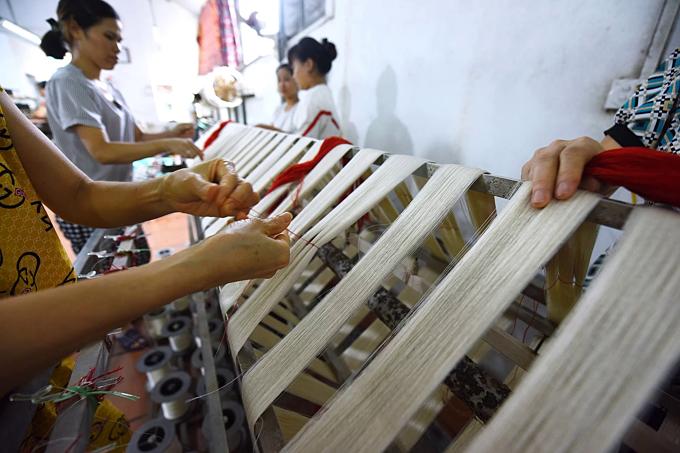 Northern Vietnam village spins a yarn - 7
