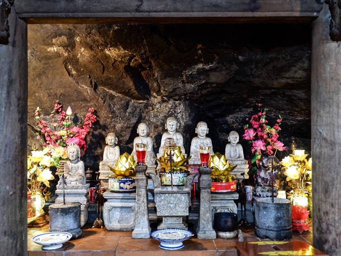 Yen Tu mountain near Ha Long Bay, more than just a trek - 1