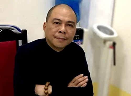 Pham Nhat Vu, former chairman of private pay TV firm Audio Visual Global JSC, at a police station in April 2019. Photo courtesy of the Ministry of Public Security.
