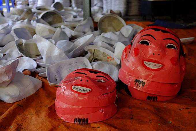 Northern village makes masks and drums for Mid Autumn Festival  - 6