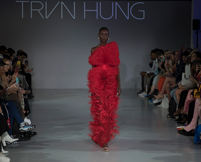 A dress with dyed ostrich feather, one of the most popular material this year. Talking about his new designs, Hung said that