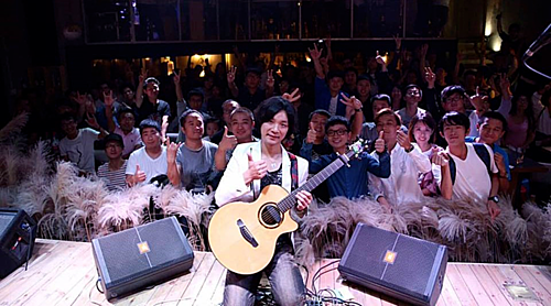 Yuki Matsus concerts has attracted a lot of guitar lovers. Photo by House of Stars.